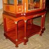 Горка для посуды, XIX в. Красное дерево, бронза. Кроме стандартных реставрационных работ проводилась реконструкция задних колонн и бронзы.